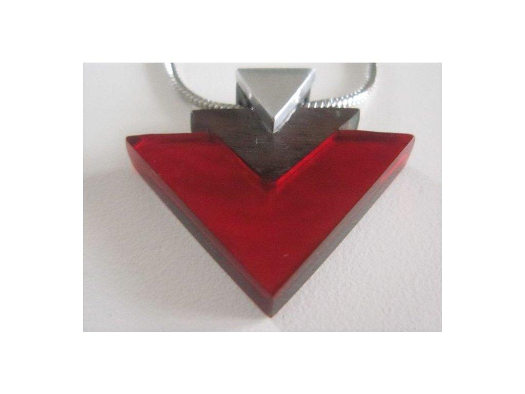 0002863 nahrdelnik indian triangle cerveny