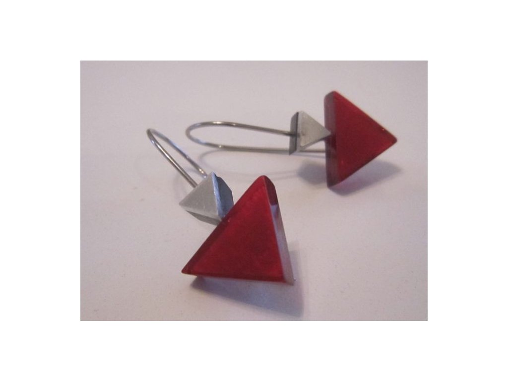 0002967 nausnice indian triangle cervene