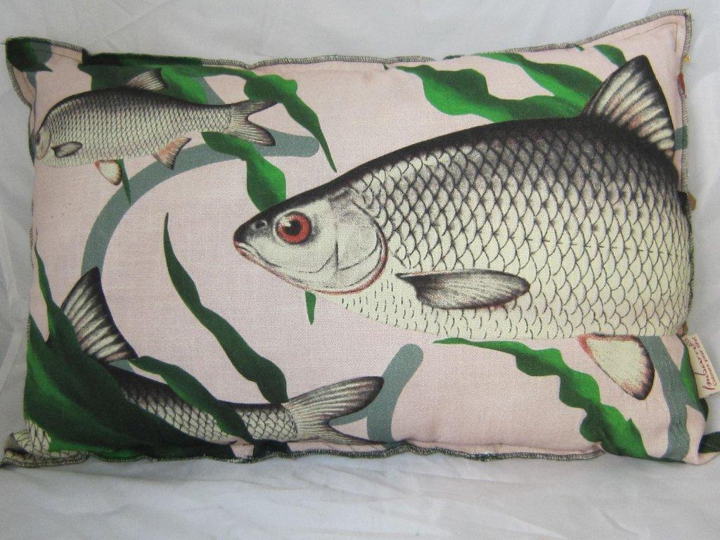 0010209 polstar ryby svetly