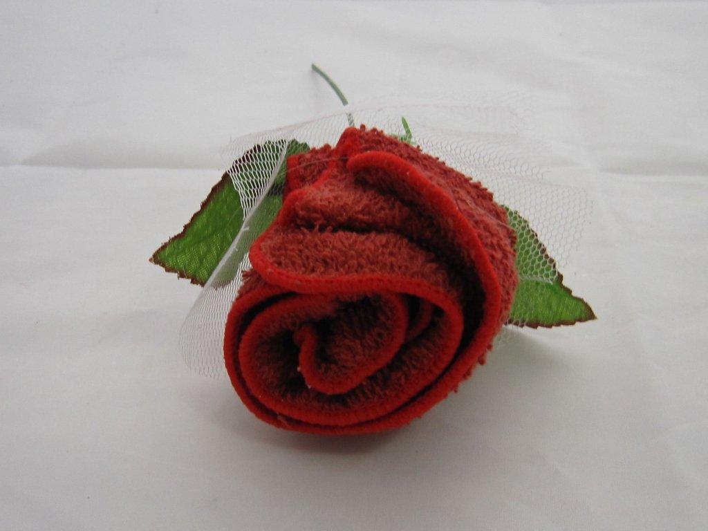 0004319 ruze z rucnicku cervena
