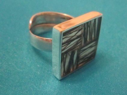 0003024 prsten ctverec fibre