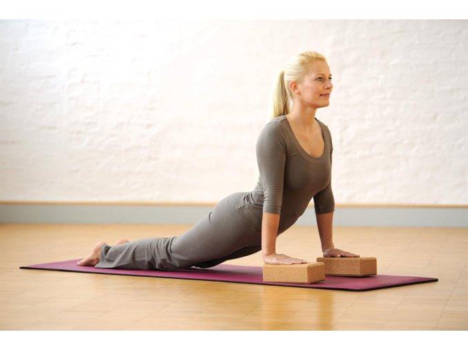 Korková tehlička na jógu