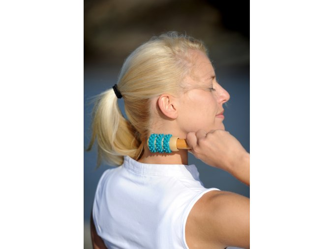 Drevený masážny valček na masáž hlavy_1