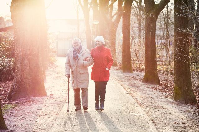 TOP pomôcky pri artritíde seniorov