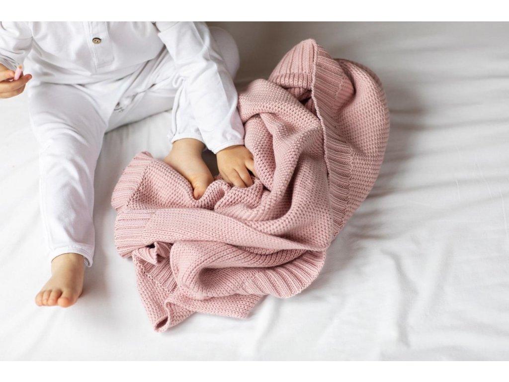 pletena prikryvka z bio bavlny v barve vintage POOFI
