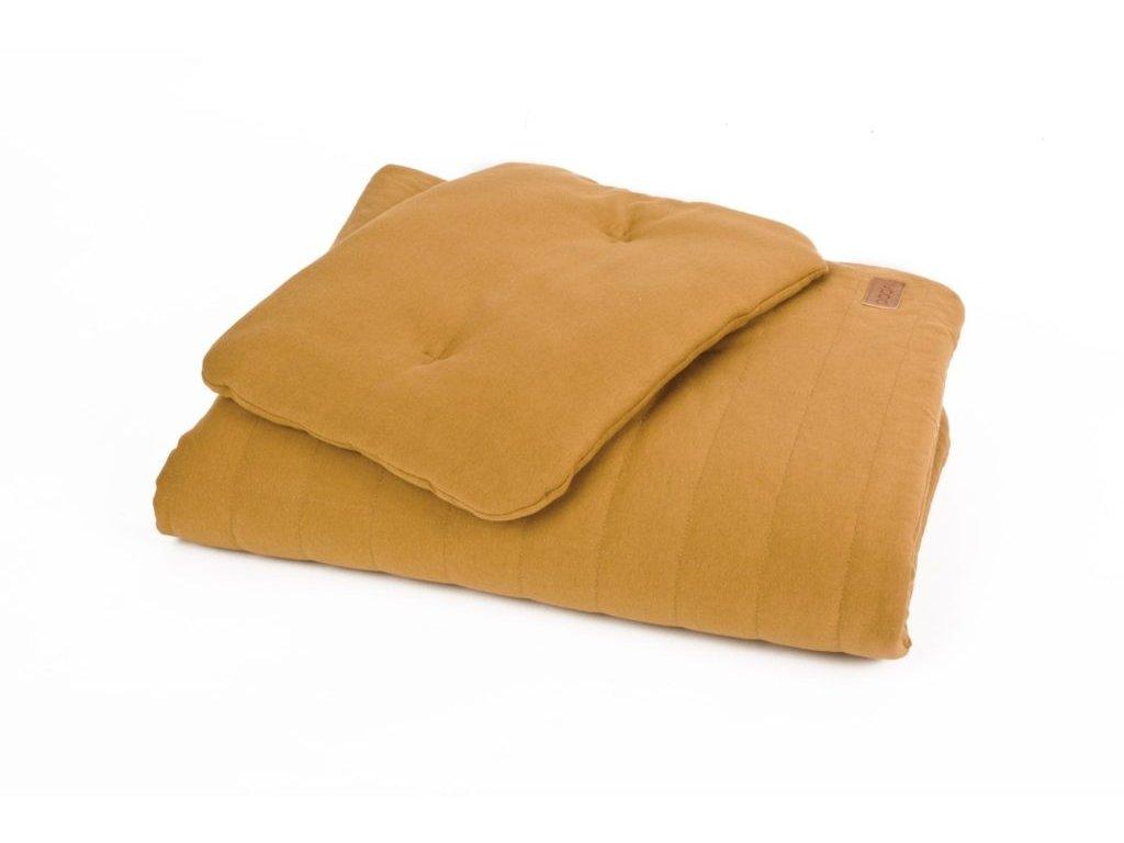 Dětská přikrývka s polštářem z organické bavlny ORGANIC & COLOR v hořčicové Přikrývka: 80 x 100 cm; Polštář: 30 x 40 cm