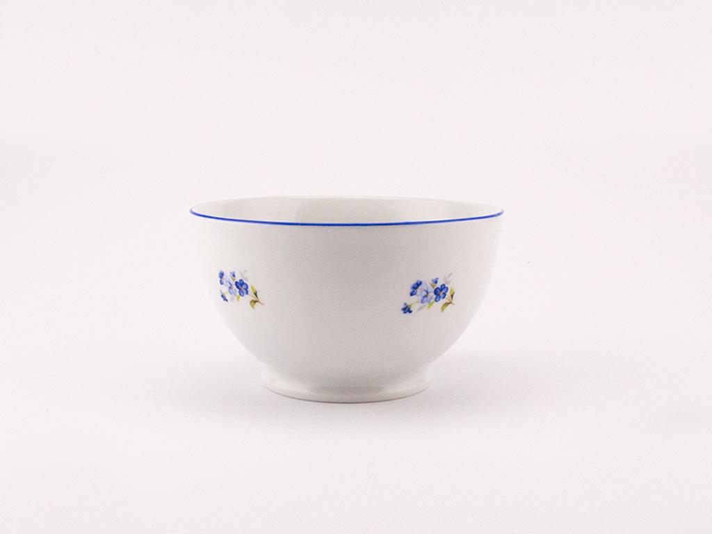 miska-na-nozce-13-pomnenky-stara-role-porcelanovy-svet