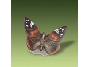 babocka admiral porcelanova figurka pastel