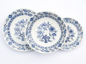 Saphyr, talířová souprava, cibulák, Thun 1794, 18 ks
