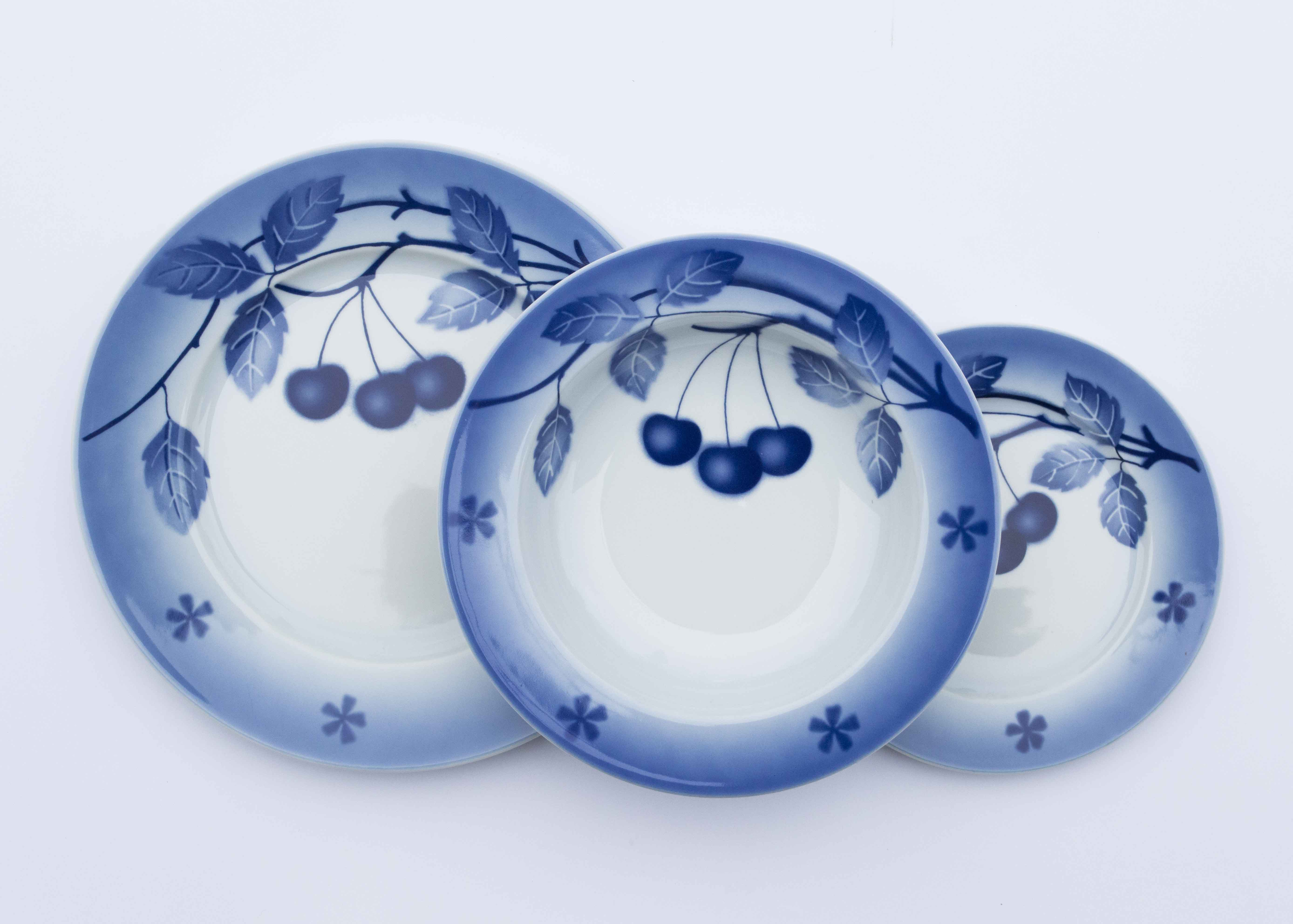 Modré třešně, karlovarský porcelán, Thun, talířová sada, 18 dílná