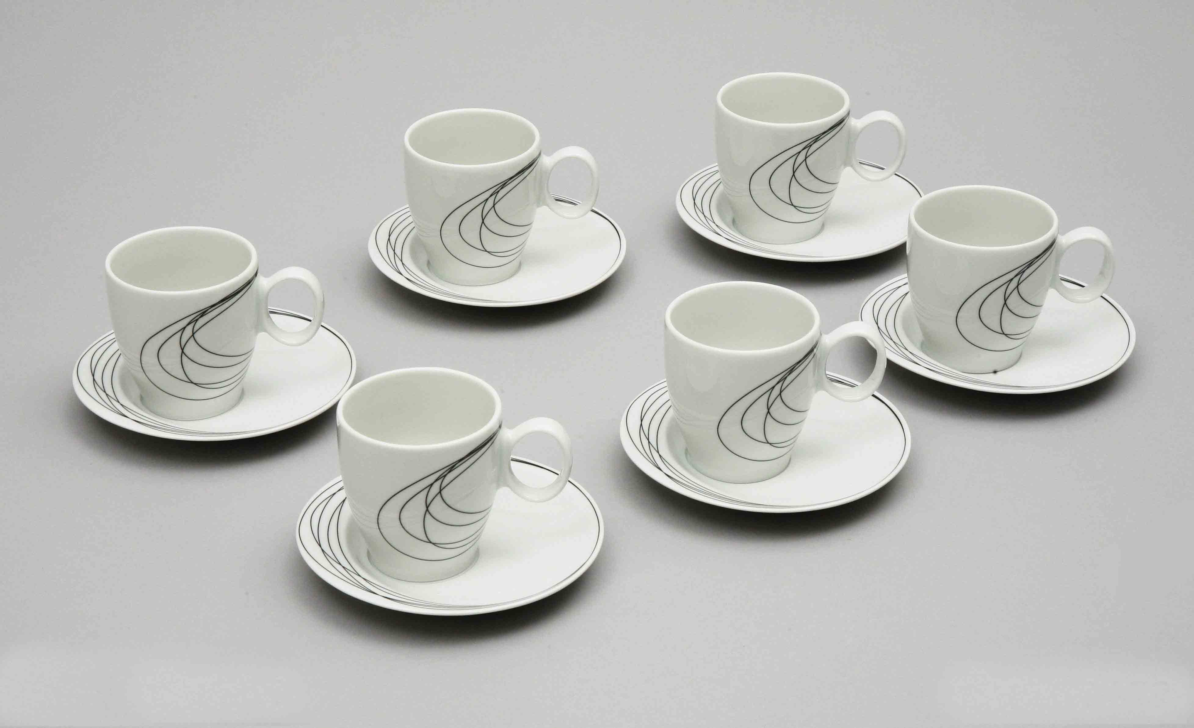 Šálky na kávu z karlovarského porcelánu Thun, dekor čáry, 6ks