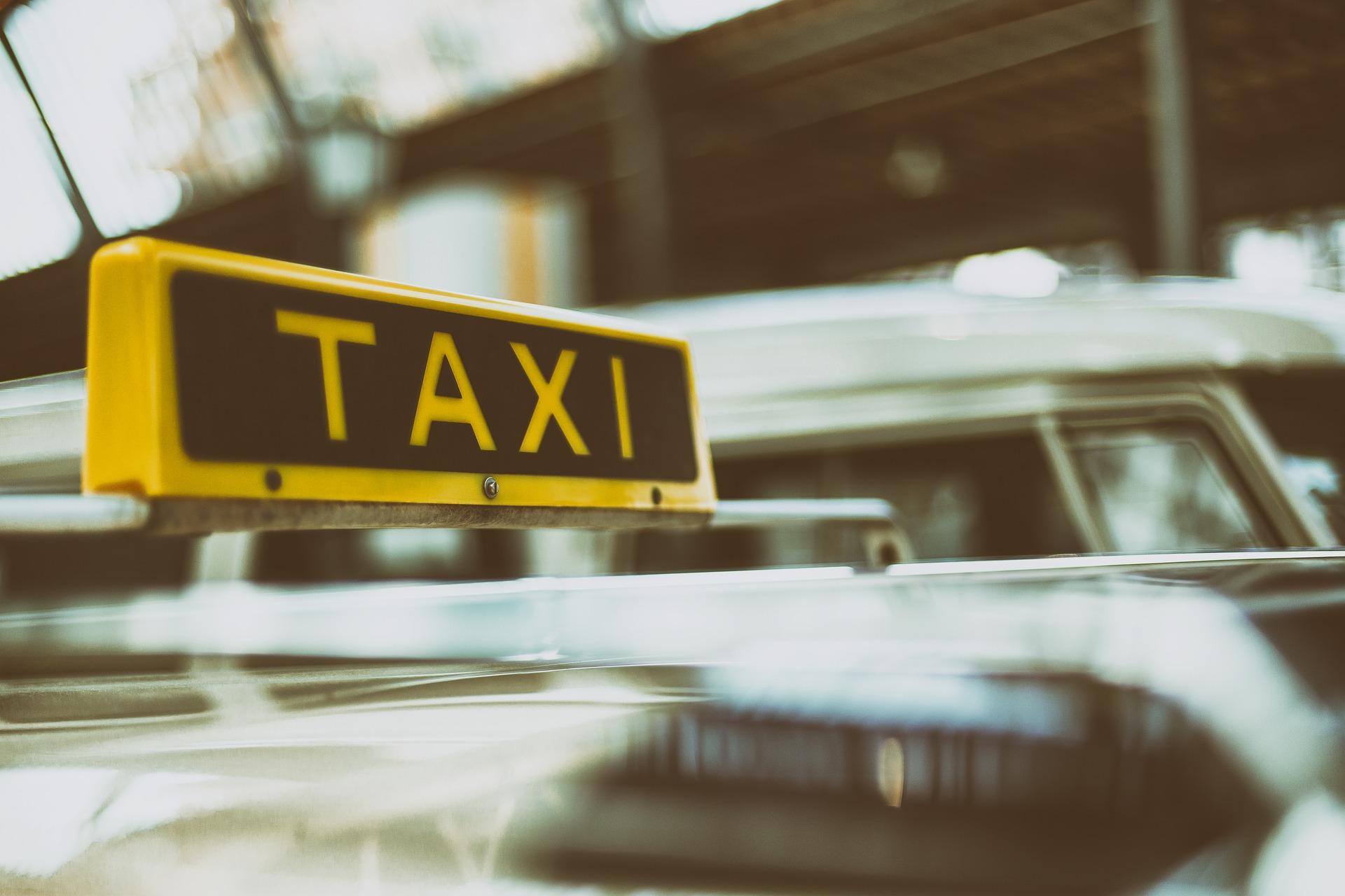 GPS monitoring v taxislužbách