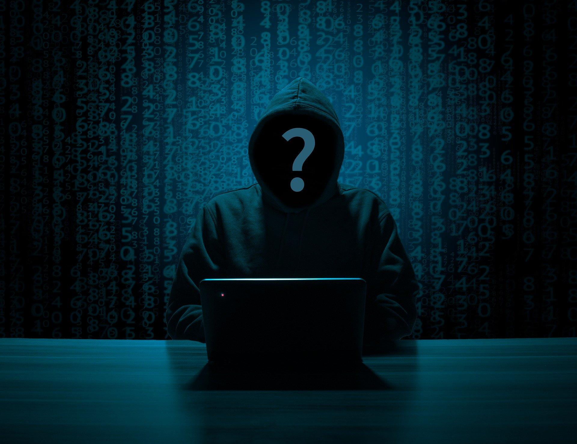 hacker-3342696_1920_1