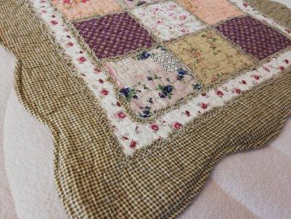 polštářek provence patchwork