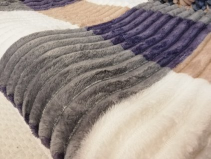 Deka mikrovlákno čtverce šedo fialová 150x200cm