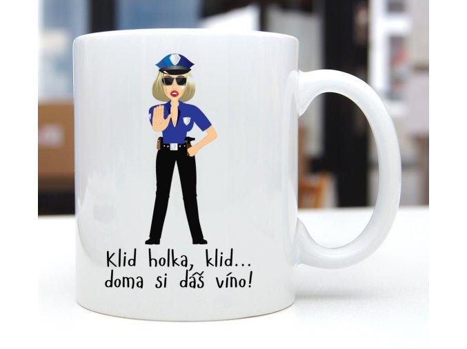 hrnek klid holka policajtka