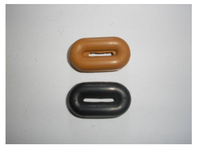 Gumové zarážky na martingal (Barva černá)