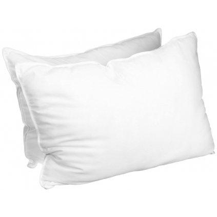 Bílý povlak na polštář knoflíky