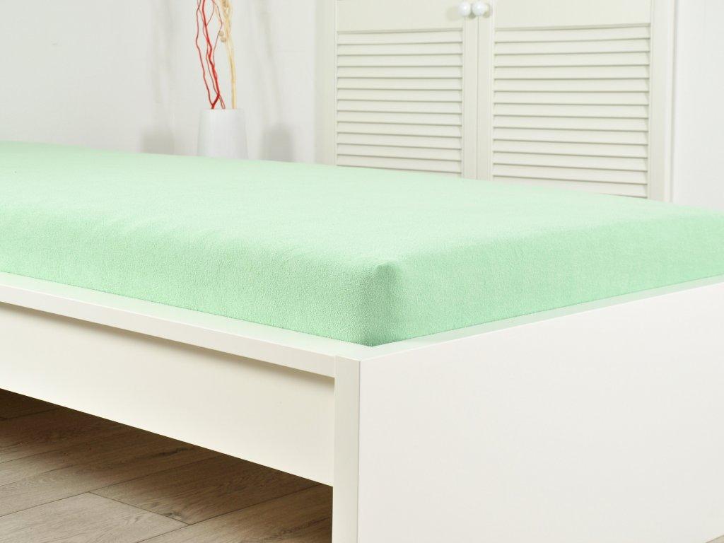 Froté elastické prostěradlo 140 x 200 cm zelená (190g/m2)