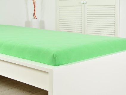 B.E.S. Petrovice -  Prostěradlo FROTÉ do postýlky 70x140 cm - Svítivě zelená