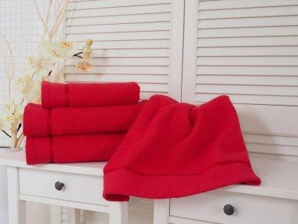 2405 bavlneny frote rucnik cervena 50x100 fluffy 500g m2