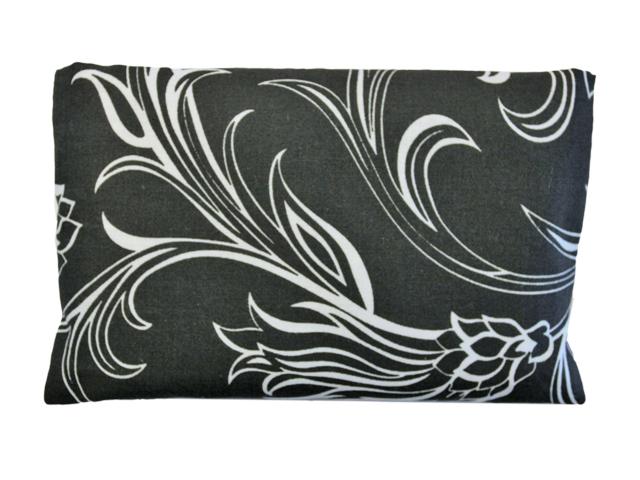 Povlečení Damašek Hřejivý polštářek s ovsem a tymiánem Barva: Bavlna - černý ornament
