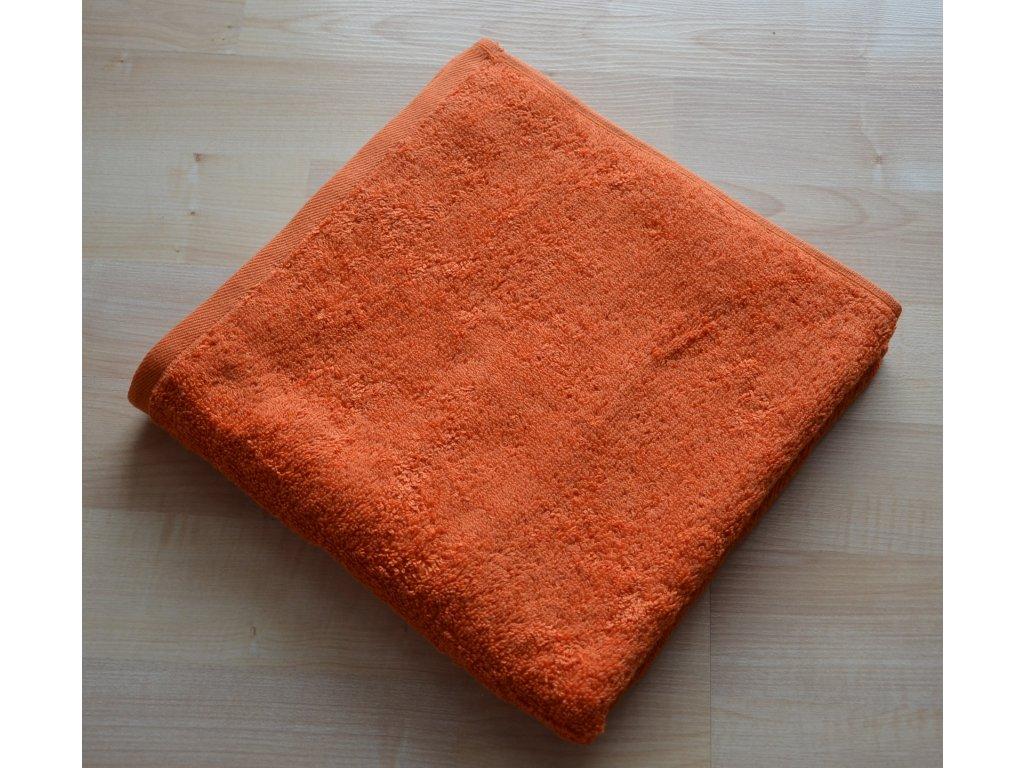 Froté osuška 70x140cm bez proužku 450g oranžová