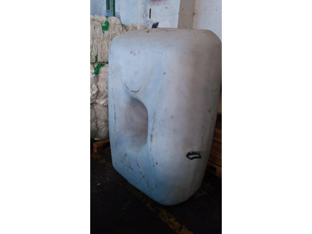plastová nádrž 1 2 3 576x1024
