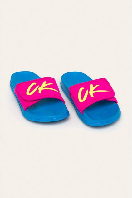 Pantofle KW0KW01028-CEU modrorůžová - Calvin Klein