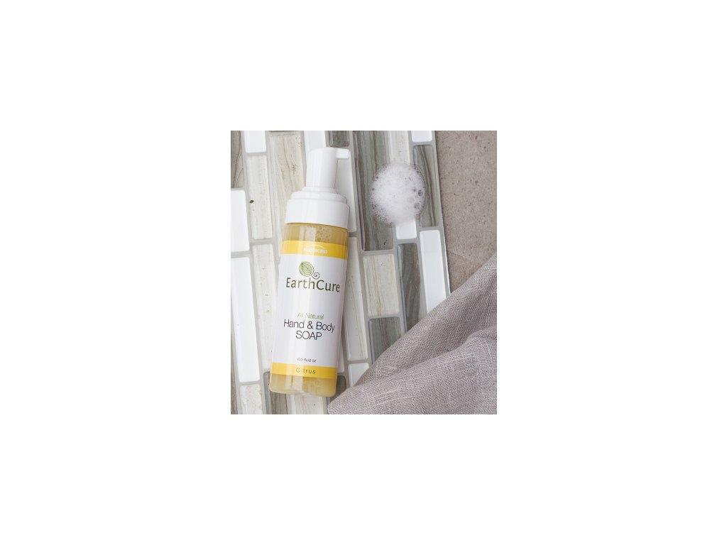 Earthcure Sprchový gel na olejové bázi s vůní citronové trávy a kůry. 100% přírodní.
