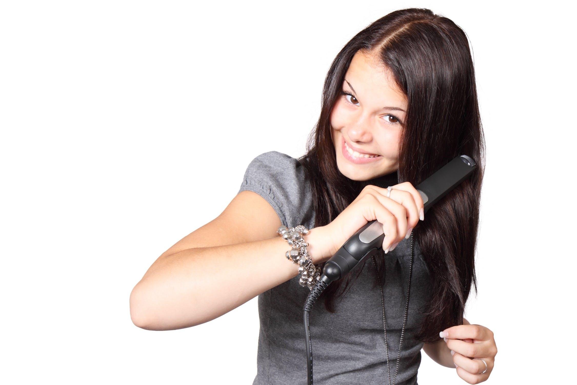 Péče a údržba pravých vlasů k prodloužení