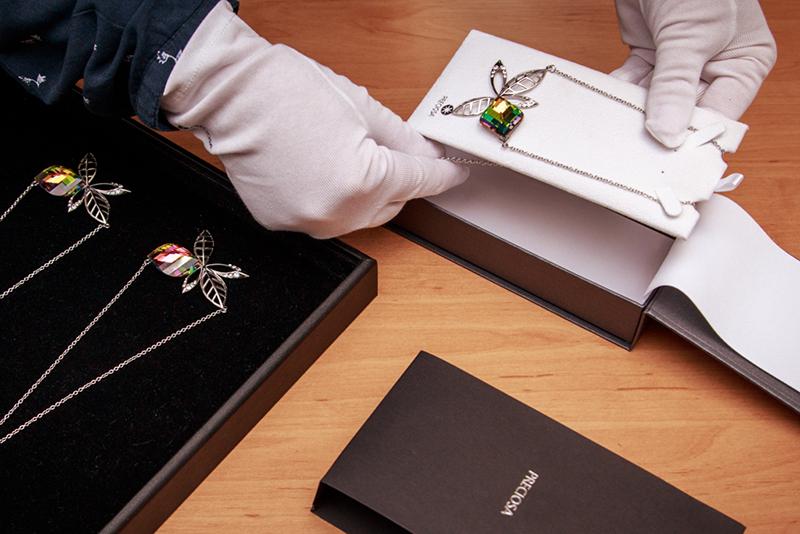 Jasmin - šperk v krabičce - Preciosa