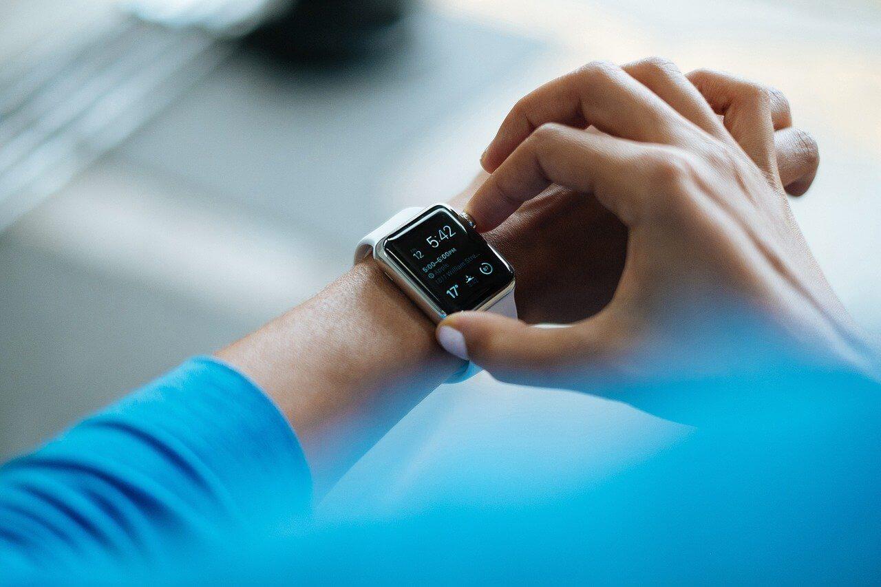 Smart hodinky si vyžadujú aj smart používanie