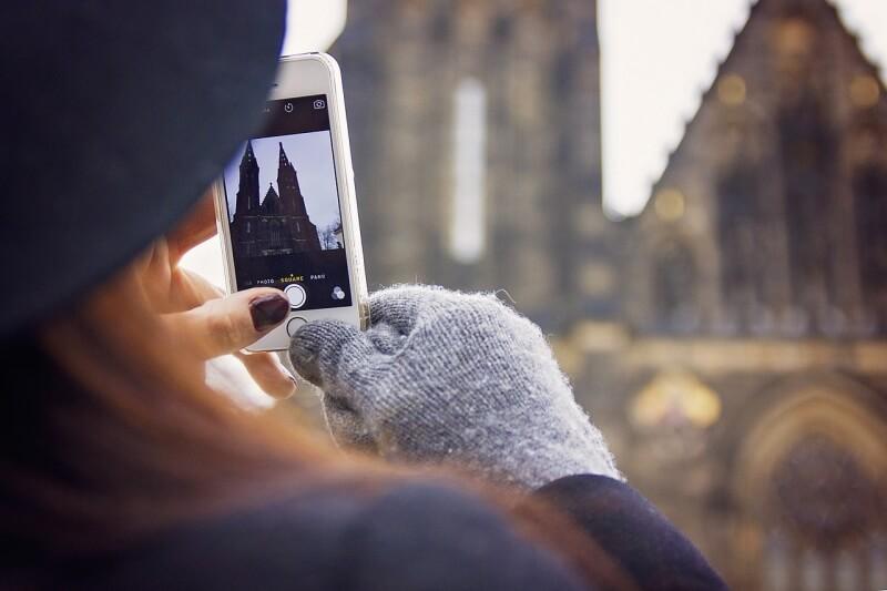 smartfon-v-zime