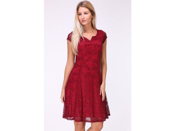 Krajkové vínové šaty