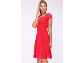 Červené krajkové šaty