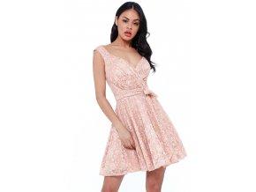 Růžové krajkové šaty
