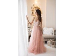Plesové růžové šaty