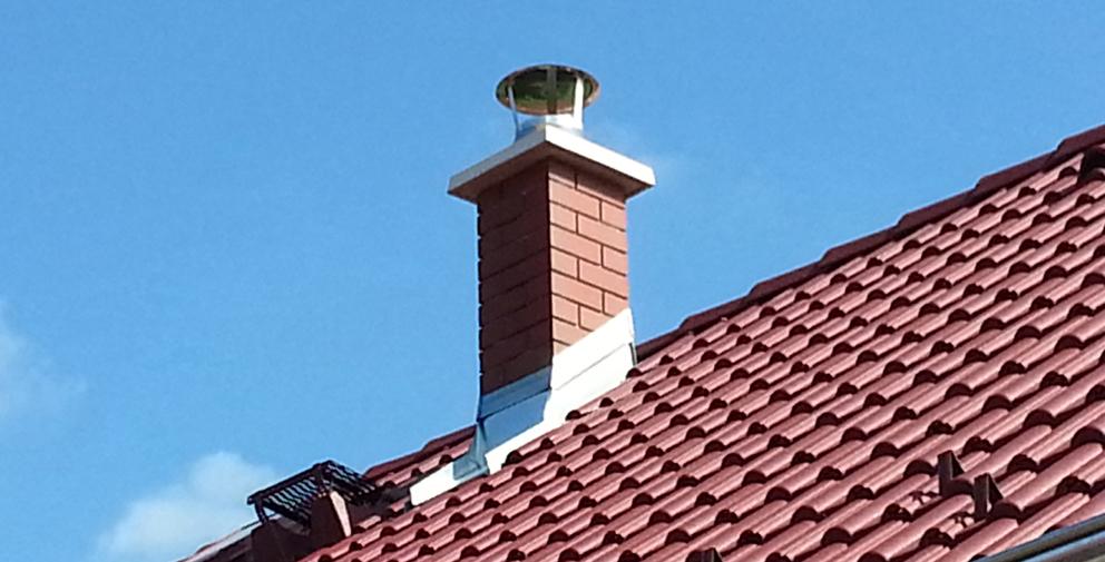komín na střeše