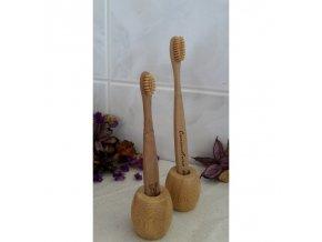 bambusovy stojanek na 1 kartacek curanatura