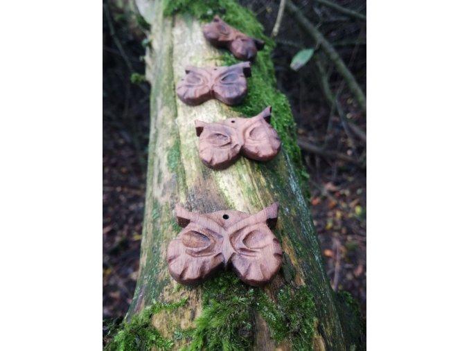 Dřevěný přívěsek sova (ořech)  DŘEVĚNÉ ŠPERKY | PŘÍRODĚ NA DOSAH