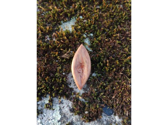 Dřevěný přívěsek oliva 5