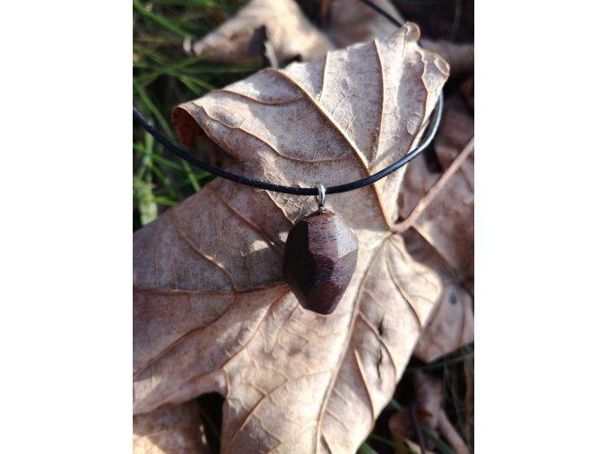 Dřevěný přívěsek diamant (ořech)