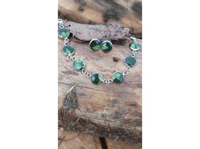 Sada šperků z pryskyřice a odstřižků látek
