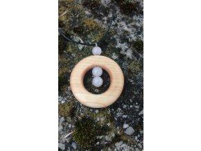 Dřevěný náhrdelník s minerálním kamenem (růženínem) šperky ze dřeva
