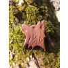 Dřevěná brož Chodský pes (ořechové dřevo)