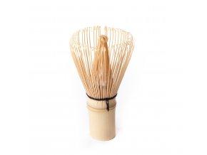 in chasen bambusova metlicka na caj matcha