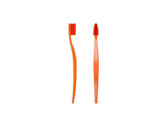 BB orange 550x770