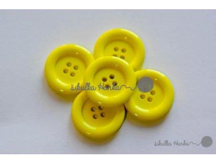 Knoflík 22mm žlutá