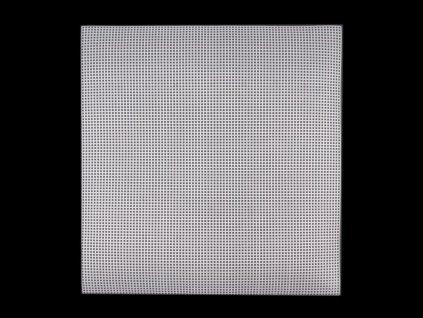 Plastová vyšívací mřížka 37x41,5 cm